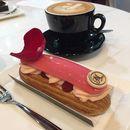 Ishapan $8.50🔸Cappuccino $5🔸 Dark chocolate and cocoa streusel $8🔸Piccolo latte $4.50 💰$26/2pax .