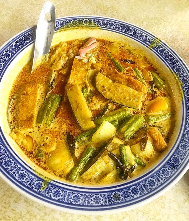 Our #1 Curry Fish Head in Singapore!!!