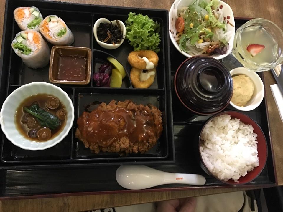 Tonkatsu Bento Set