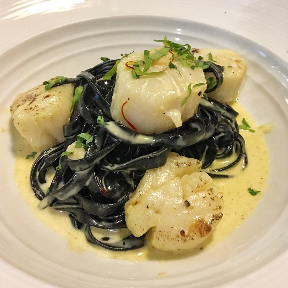 Squid Ink Linguine With Scallops (Special At $17.90)