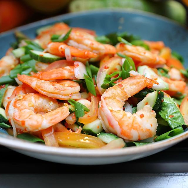 [Seasonal Tastes] - One of the items I tried during the Sunday Champagne Brunch, Thai prawn salad.