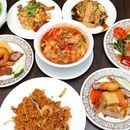 [White Rose Cafe] - 2 more days to check out the Penang buffet at York Hotel.