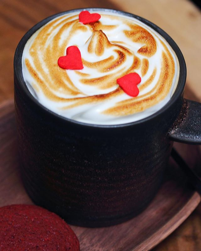 [Birds Of A Feather] - The Feathers Coffee which comes with red velvet cookie.