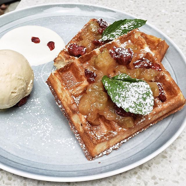 Caramelized Apples Cranberries Waffles with Greek Yogurt from #BeesKneesSg at #TheGaragesBg 🍎 our advice would be to not add the extra scoop of ice-cream because the combination will end up being overwhelmingly sweet.
