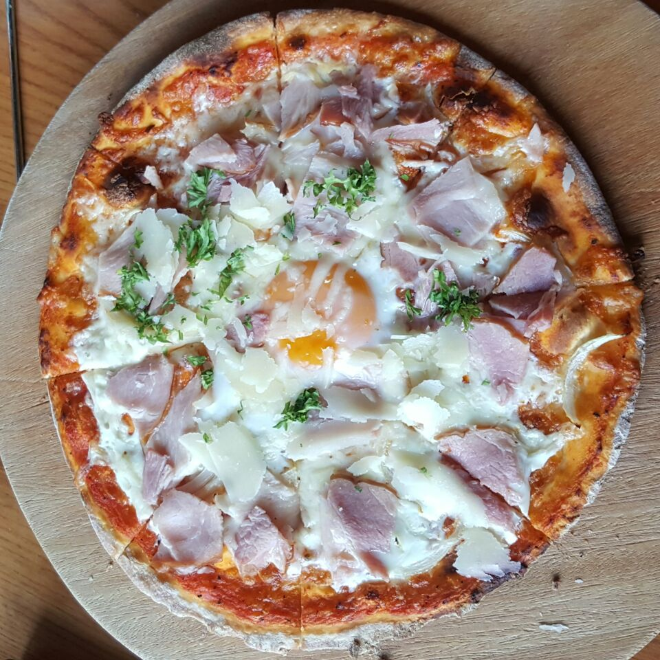 Pizza Gammon E Uova